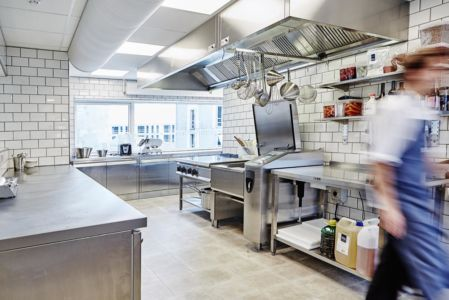 Exhaust Hood with Air Jet