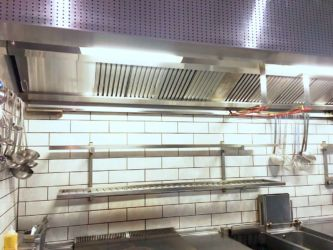 Exhaust Hood with UV-C System